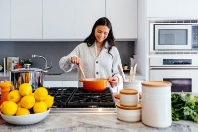 Quick Tips: 4 Smart Ideas To Save Space In The Kitchen